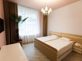 Holiday Hotel & Hostel