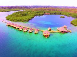 Punta Caracol Acqua Lodge