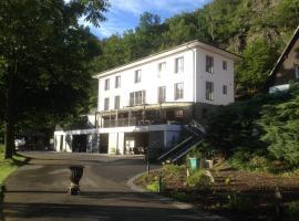 Hotel Mandat, Hradištko