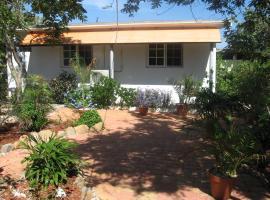 Discover Aruba - Tropical Apartment, Santa Cruz (Rooi Bosal yakınında)