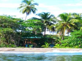 Casa Galim Beach House, Puerto Viejo (Hone Creek yakınında)