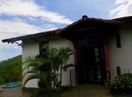 Casa de Aves, Manizales