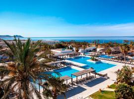 De 10 beste hotels met parkeergelegenheid in Retamar, Spanje ...
