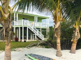 Keylime Beach House, Abaco Island (Sandy Point yakınında)