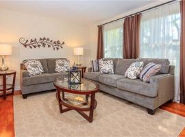★Exquisite Home Backs to Park! Complete Access★