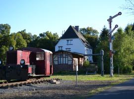 """Alter Bahnhof"" Schalkenmehren, Schalkenmehren (Mehren yakınında)"