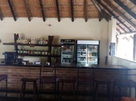Mochaba Crossing Lodge, Maun (Near Moremi Game Reserve)