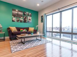 STUNNING PENTHOUSE w/ VIEWS - 10 MINS to TIMES SQ, Weehawken