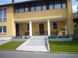 Ferienwohnung im alten Schulhaus, Plech (Betzenstein yakınında)