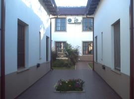 Royal Apart, Santa Ana
