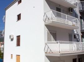 Apartments Lana, Šine
