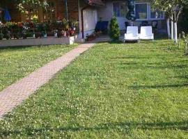 Holiday Home Edina, Lohovo (Donje Lohovo yakınında)