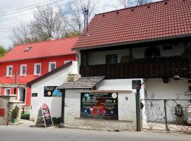 Rodinné vinařství Mikulenkovi, Velké Žernoseky (Píšťany yakınında)