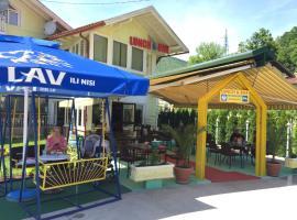 Motel Lunch & Bar, Milanovići (Podrašnica yakınında)