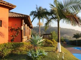 Pousada Vale das Maritacas, Monte Alegre do Sul (Pinhalzinho yakınında)