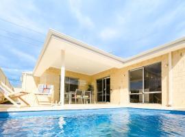 Luxury Belmont House, Perth (Cloverdale yakınında)