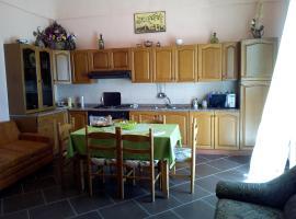 Casa Vacanza Borgo Antico, Castiglione di Sicilia (Francavilla di Sicilia yakınında)