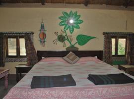 Bishnoi Village Camp & Resort, Mogra
