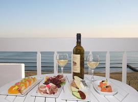 Tinos Beach Hotel, Киония