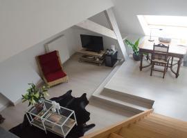 upstairs9000