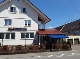 Apartments zum Bayrisch Pub, Weißenhorn (Roggenburg yakınında)