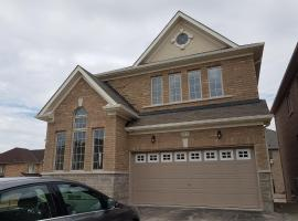 Elvidge Executive Vacation Home, Newmarket (Bradford yakınında)