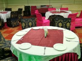 Hotel S K Crown Park, Nýja-Delhi