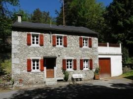 House Roussel, Lacrouzette (рядом с городом Ferrières)