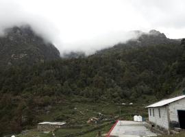 Birders Inn-chopta, Gangnāni (рядом с городом Harsil)