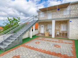Holiday Home Vinko, Винисце (рядом с городом Voluja)