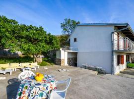Apartments Nina, Стиница (рядом с городом Jablanac)