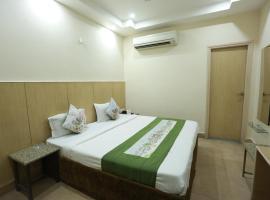 OYO 694 Hotel Malik Residency, Kānpur (рядом с городом Bhairaun Ghāt)