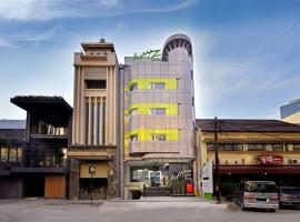 Whiz Hotel Falatehan Jakarta, Джакарта (рядом с городом Kebayoran-Baru)