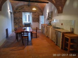 Via Cerreto Apartment, Sasso Pisano (Monterotondo yakınında)