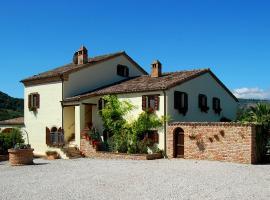 Villa & Farmhouse in Le Marche, Sant'Angelo in Pontano (Falerone yakınında)