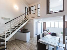 3-Bed Executive Suite, RumahKu @CEO