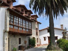 Posada la Torre, Serdio (Estrada yakınında)