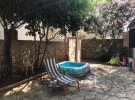 Vacation home Secret Garden, Нин (рядом с городом Нин)