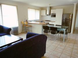 Entire Family House in Bentley - Page Park, Perth (Wilson yakınında)