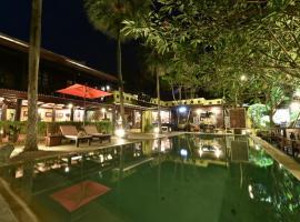 Ndol Streamside Thai Villas, Muaklek