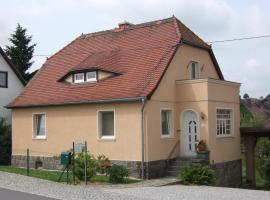 Ferienwohnungen Harmonie und Bergblick, Crostau (Oppach yakınında)