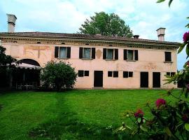 Villa delle Meridiane, Castagnole