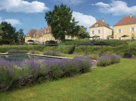 Château Les Merles et ses Villas, Мулейдье