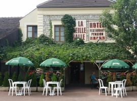 A La Vielle Halle, Souppes-sur-Loing (рядом с городом Dordives)