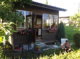 s'Husli, Oberembrach (Brütten yakınında)