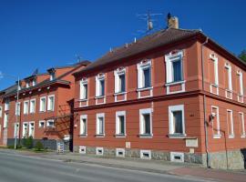 Casino & Hotel Admiral České Velenice, České Velenice (Dvory nad Lužnicí yakınında)