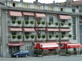 Hotel Valentino, Perosa Argentina (Roure Turin yakınında)