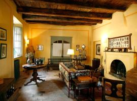 Casa Visconti, Mombaruzzo (Fontanile yakınında)
