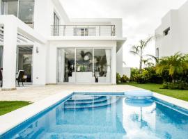 Villa Victoria Playa Nueva Romana