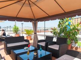 Hotel Tiempo, Neapole